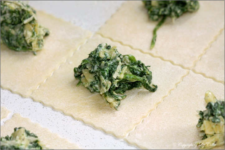 Quarktaschen mit Blattspinat und Käse © Liz Collet
