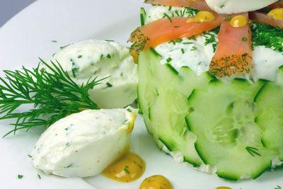 Leichte Joghurtmousse mit Graved Lachs © Liz Collet