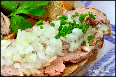 Brotzeit mit Leberwurst © Liz Collet
