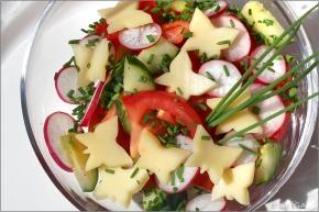 Frühlingsleichter Salat © Liz Collet