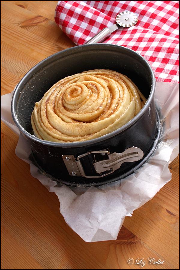 Zimt-Rosenkuchen © Liz Collet