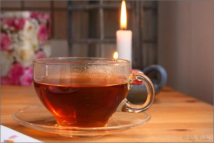Teatime mit Mandelkranz © Liz Collet