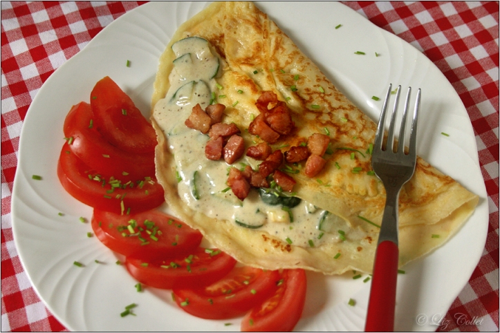 Zucchini-Speck-Pfannkuchen © Liz Collet