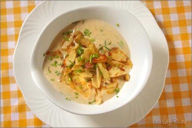 Flädlesuppe, Frittatensuppe, Pfannkuchensuppe © Liz Collet