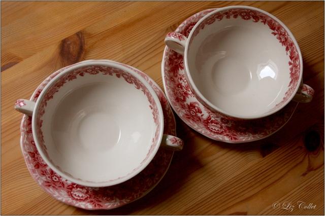 Suppenschalen | Alfred Meakin, Staffordshire , 'Romance' , pink | rot © Liz Collet, Suppenschalen | Alfred Meakin, Staffordshire , 'Romance' , pink | rot {Flohmarkt-Schätzchen}
