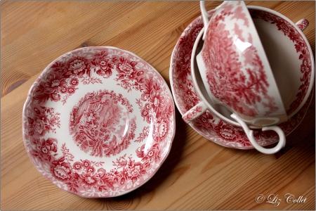Suppenschalen | Alfred Meakin, Staffordshire , 'Romance' , pink | rot © Liz Collet,Suppenschalen | Alfred Meakin, Staffordshire , 'Romance' , pink | rot {Flohmarkt-Schätzchen}
