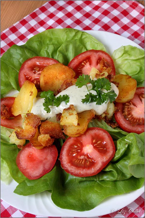 Bratkartoffeln Mit Salat Und Hausgemachter Mayonnaise Smooth