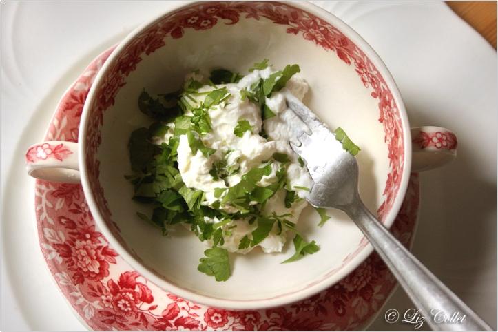 Hausgemachter Kräuterfrischkäse © Liz Collet