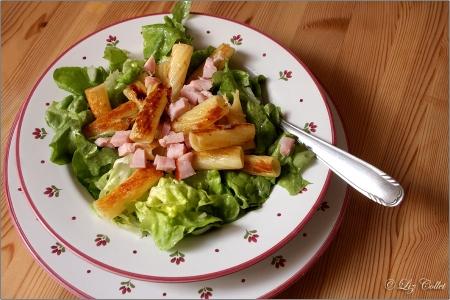Rigatoni mit Schinken und Salat © Liz Collet, Nudeln, Schinkennudeln, Pasta, Rigatoni, Salat, Blattsalat, Kassler, Schinkenreste, Schinken, Schinkenwürfel,
